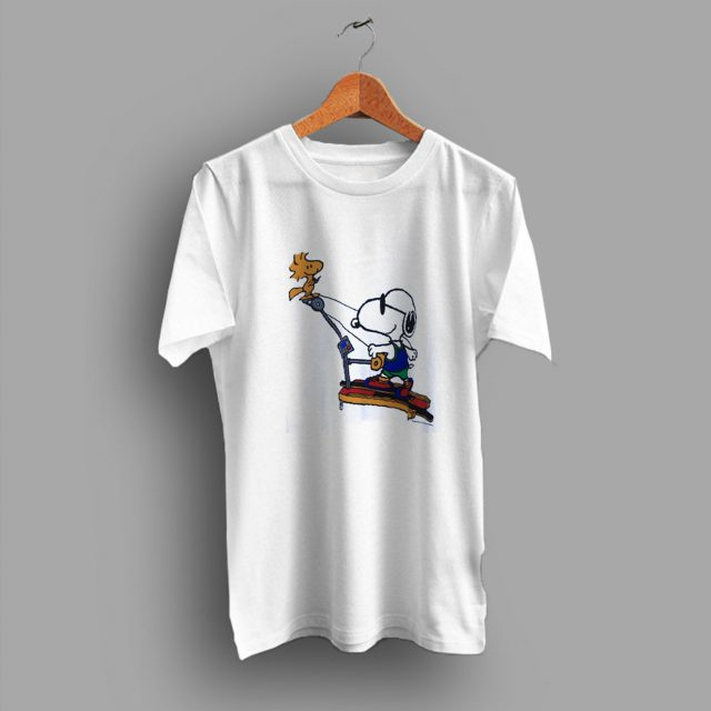 Throwbackin Time Snoopy Dog Cute T Shirt